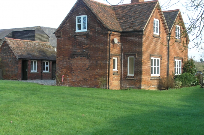 River Cottage, Wareside